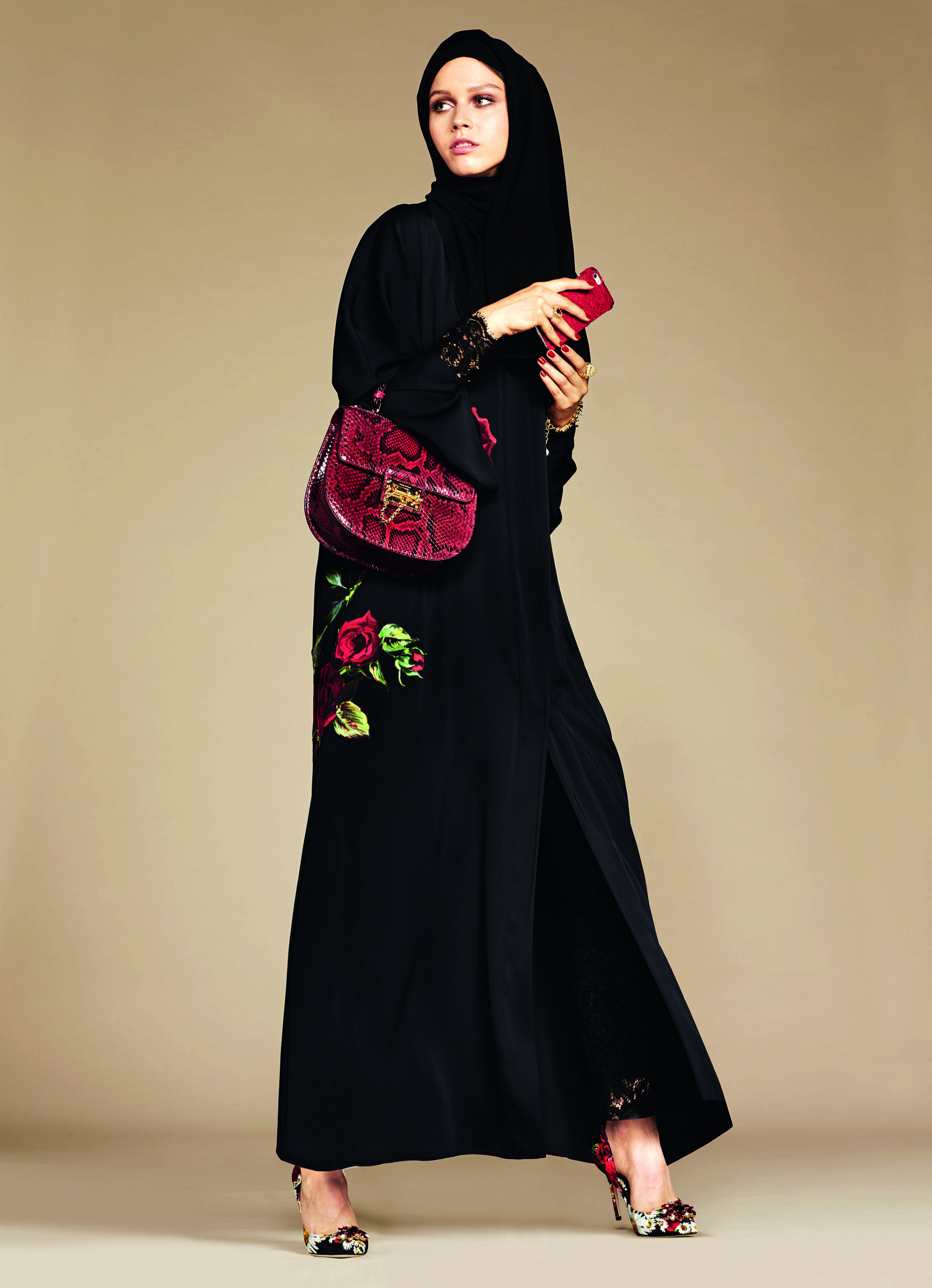 Over_Exposed_Dolce-Gabbana-Hijab-Abaya-Collection11