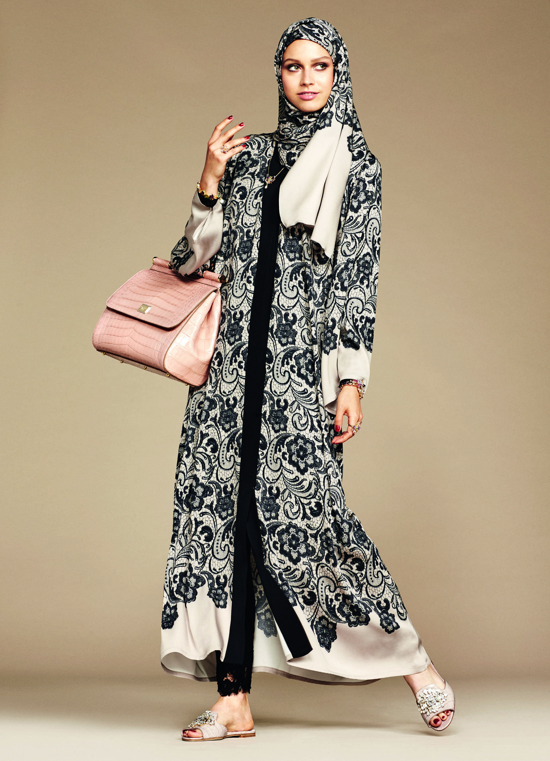Over_Exposed_Dolce-Gabbana-Hijab-Abaya-Collection12