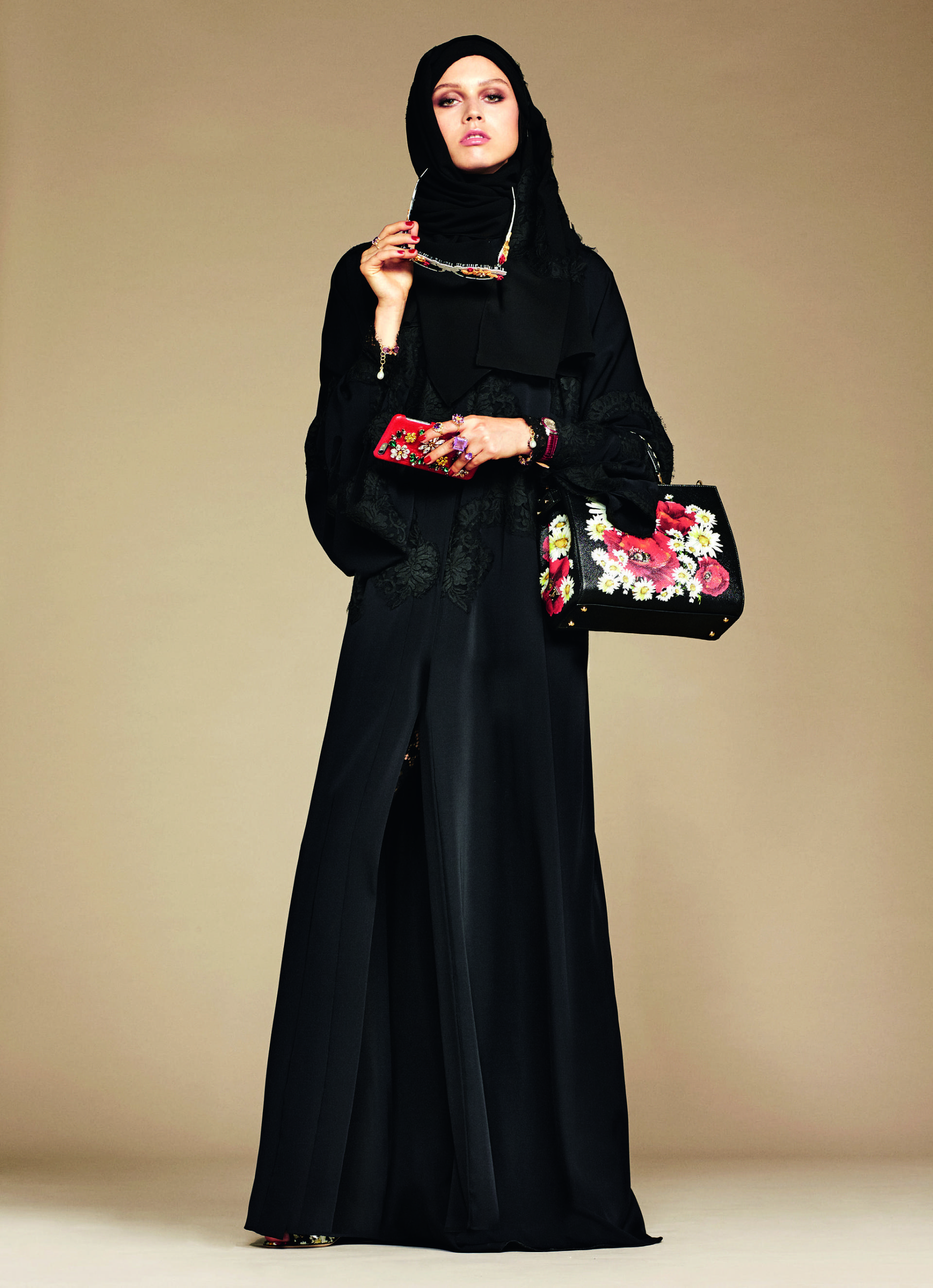 Over_Exposed_Dolce-Gabbana-Hijab-Abaya-Collection15