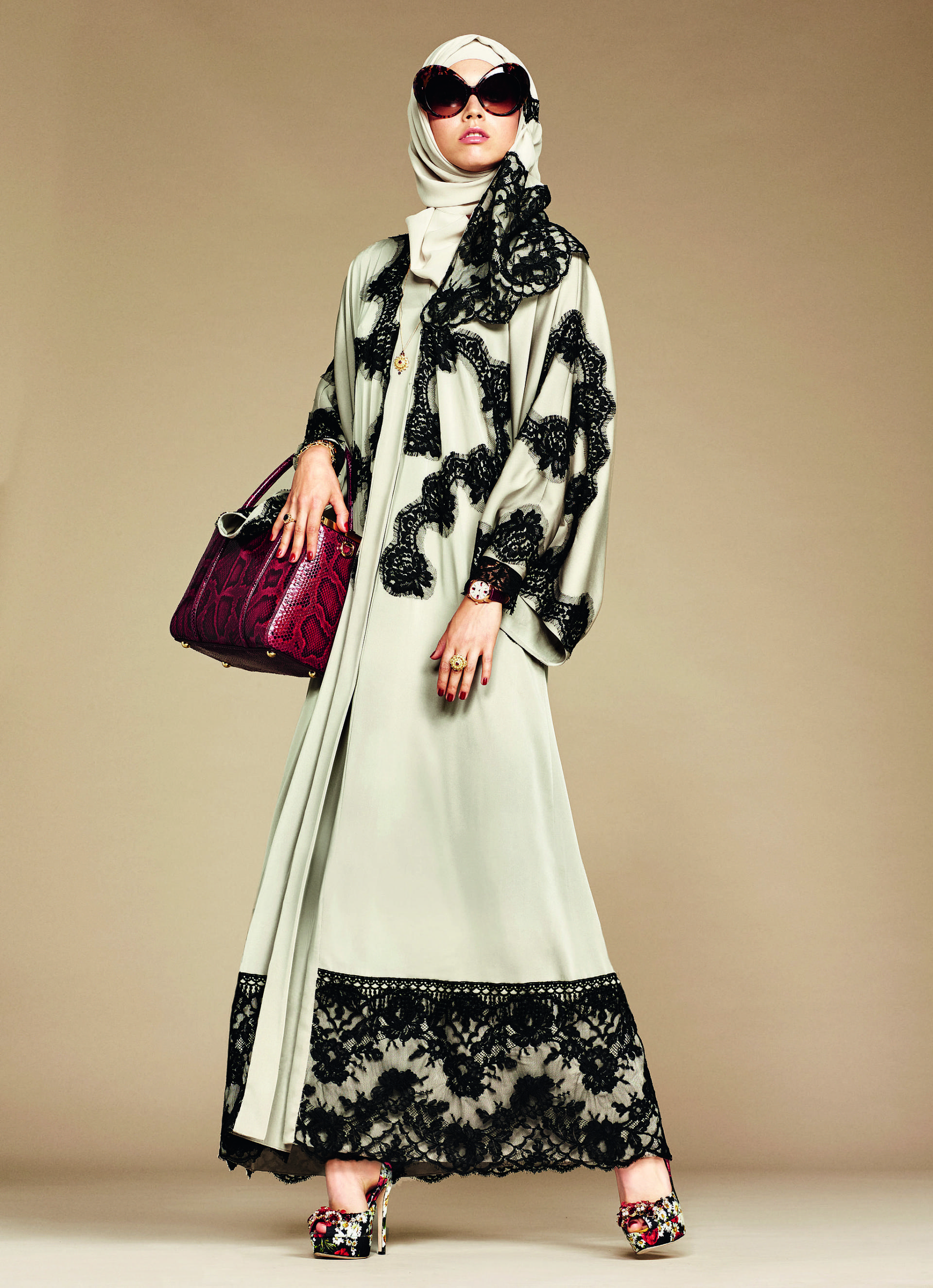 Over_Exposed_Dolce-Gabbana-Hijab-Abaya-Collection16