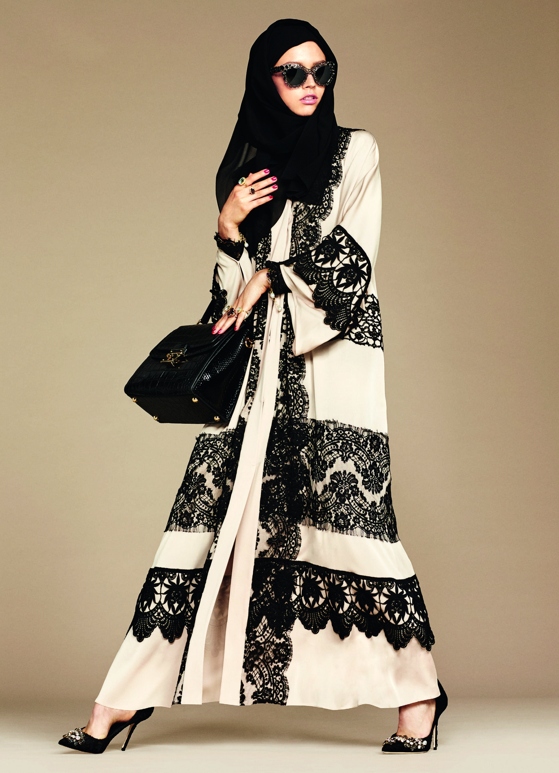 Over_Exposed_Dolce-Gabbana-Hijab-Abaya-Collection18