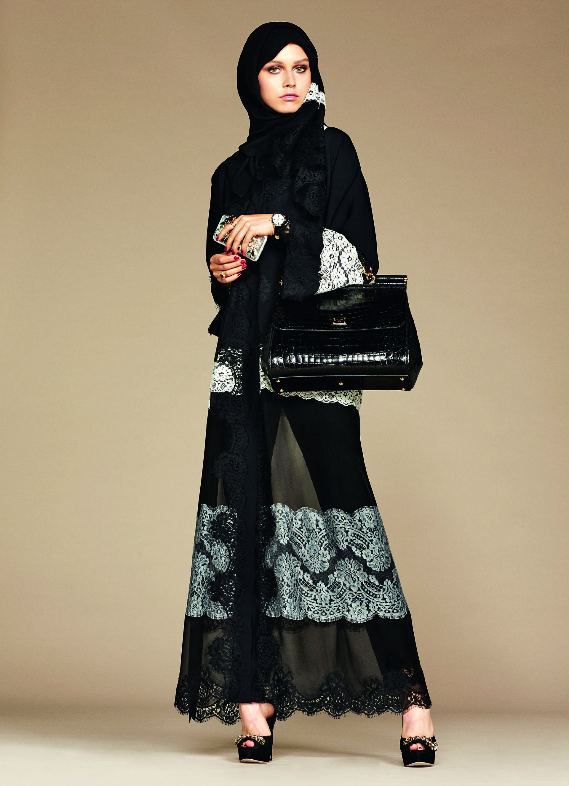 Over_Exposed_Dolce-Gabbana-Hijab-Abaya-Collection9