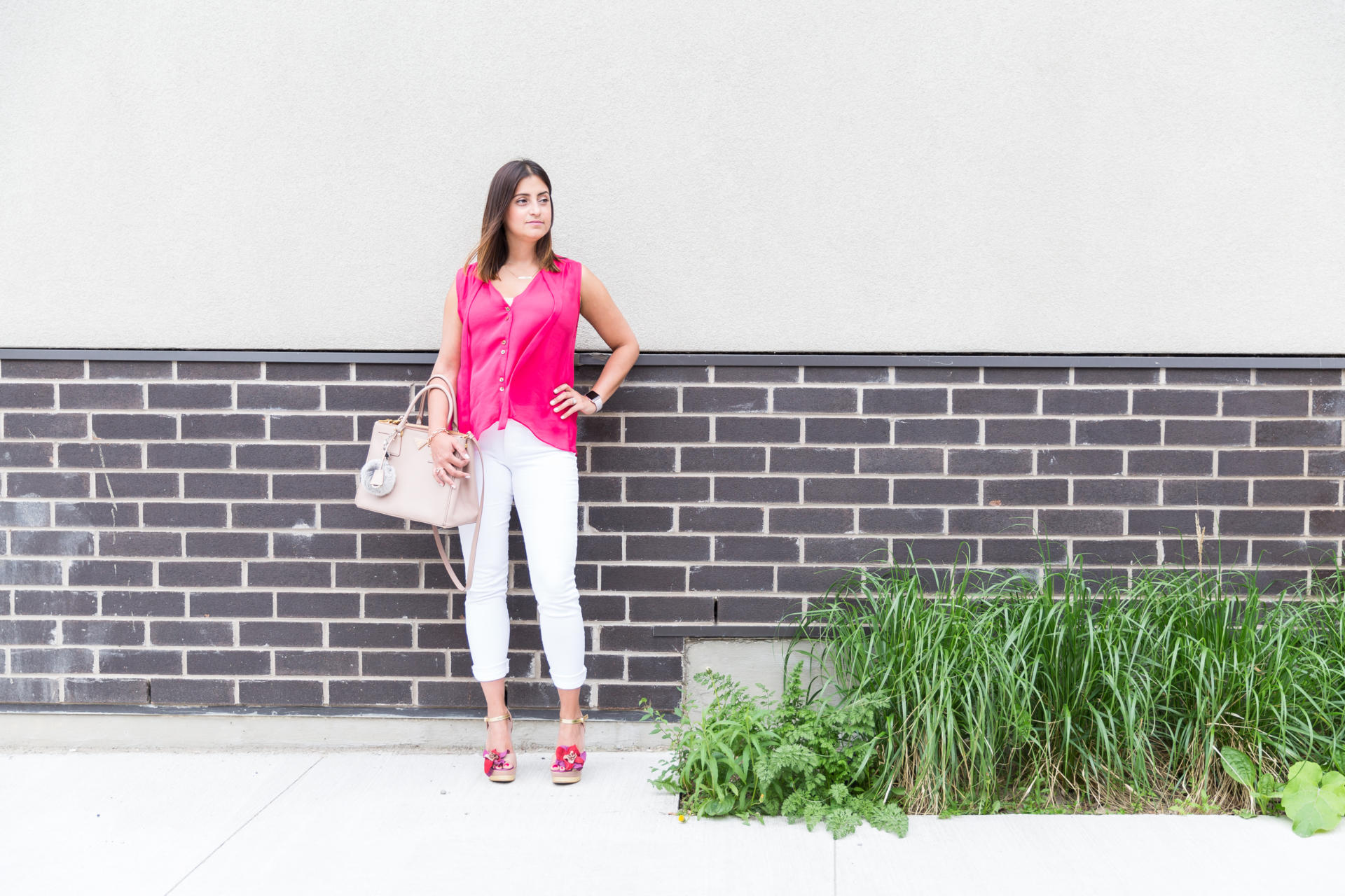 OverExposed_Three_Ways_To_Wear_White_Jeans_10