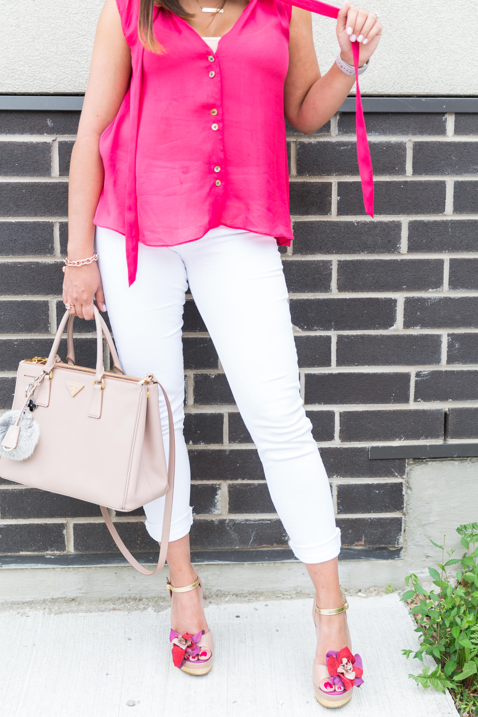 OverExposed_Three_Ways_To_Wear_White_Jeans_11