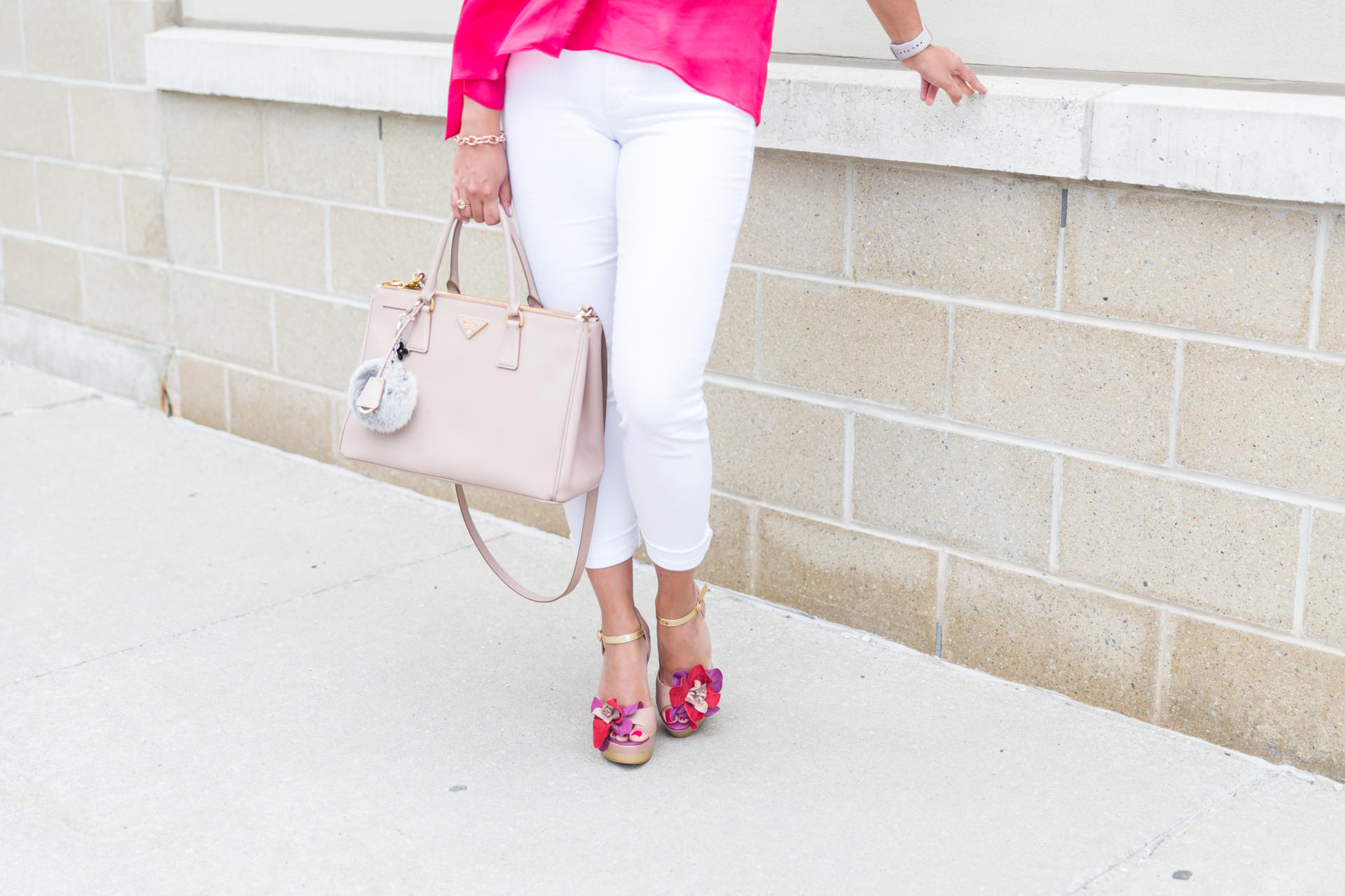 OverExposed_Three_Ways_To_Wear_White_Jeans_7