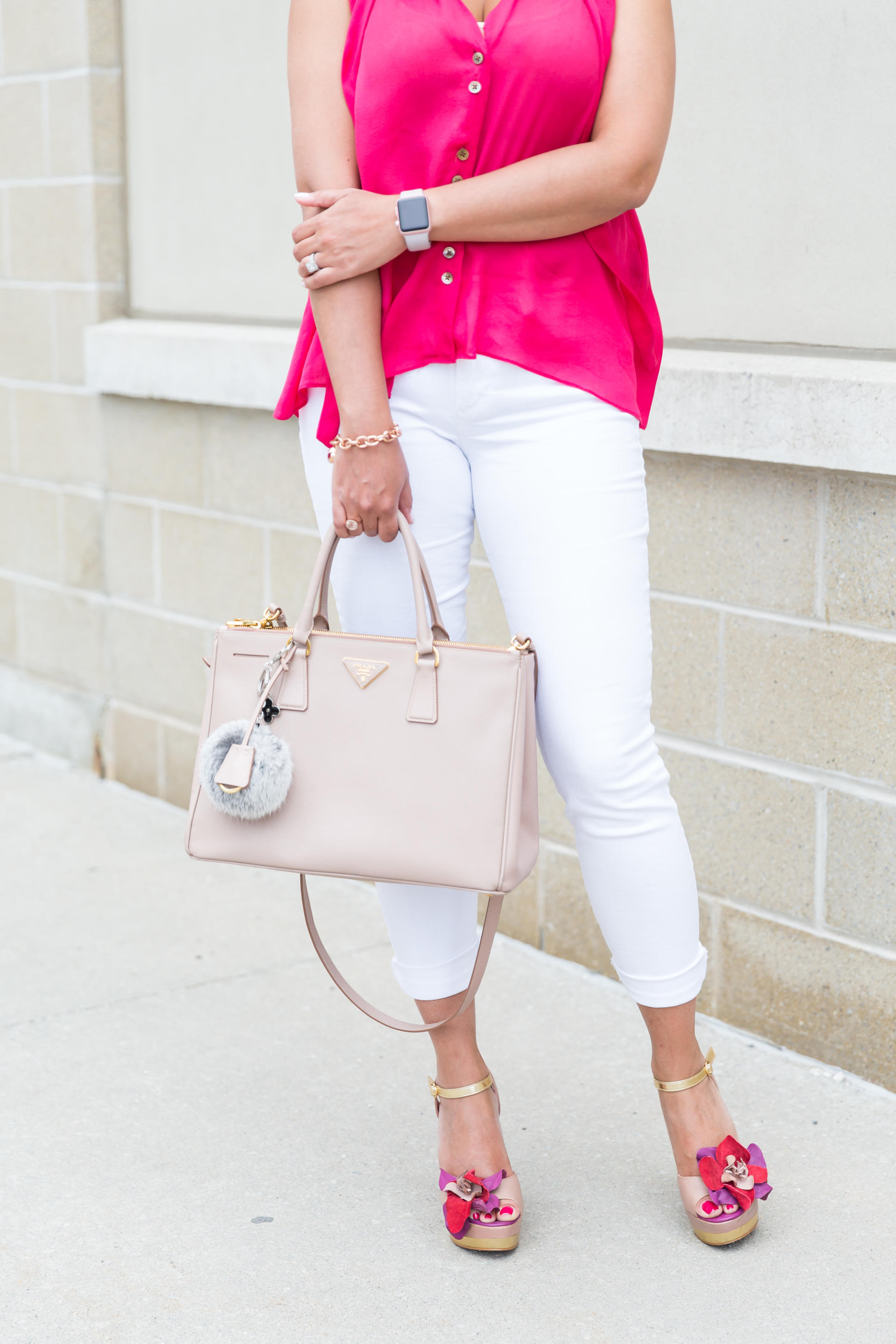 OverExposed_Three_Ways_To_Wear_White_Jeans_9